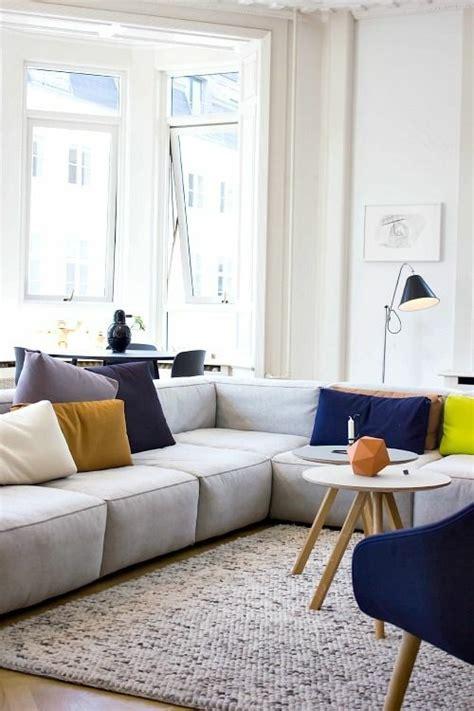 canapé d angle avec coussin canapé d 39 angle confortable pour plus de moments conviviaux