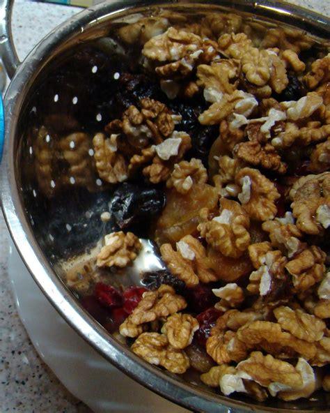 Bitītes blogs: Augļu un riekstu konfektes