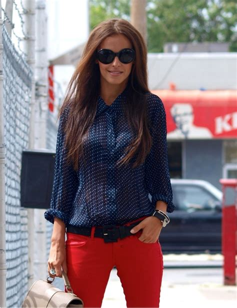 Best 25+ Red jeans outfit ideas on Pinterest | Red and black outfits Red pants outfit and Red pants