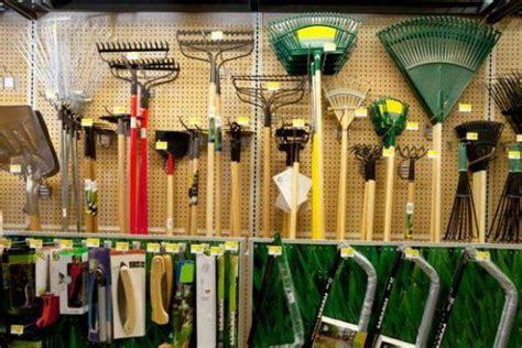 utensili giardino manutenzione degli attrezzi da giardino