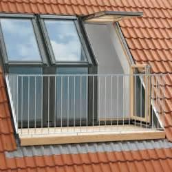 velux dachbalkon eine minimalistische design entscheidung archzine net - Balkon Paletten