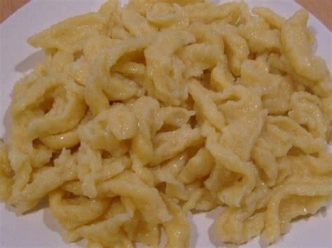 les meilleurs de recettes de cuisine les spatzle les fameuses pates alsaciennes la cuisine