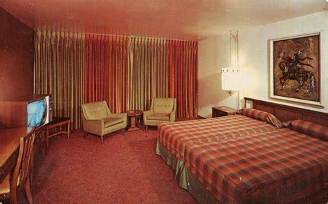 postcards  mid century motel rooms  style flashbak