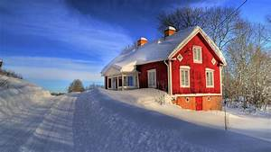 Nature: House Between Snow, picture nr. 60655