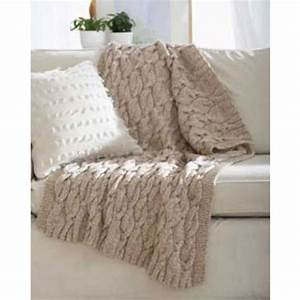 Mary Maxim - Free Twists Cable Blanket Knit Pattern