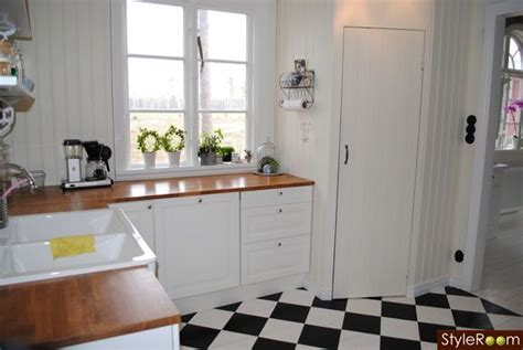 sinks for the kitchen 1000 ideas about linoleum kitchen floors on 8504