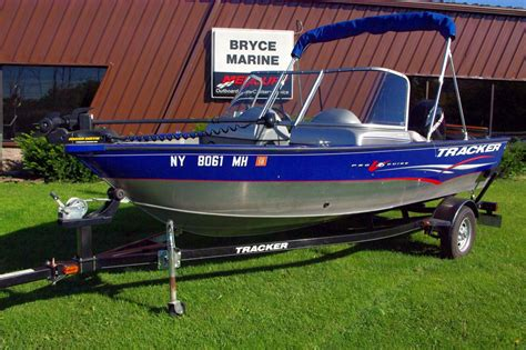 Tracker Boats In Canada by Used 2008 Mako 234 Cc For Sale In St Paul De L