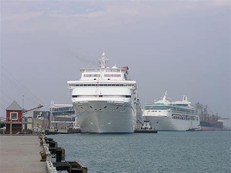 Boat R Galveston Tx by Cruise Ships Galveston Tx Flickr Photo