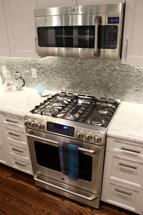 ge cafe  gas range  ge cafe microwave wed   dual fuel range   microwave kit