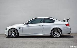 Bmw E92 M3 : mineral white bmw m3 gets lowered and tastefully modded ~ Carolinahurricanesstore.com Idées de Décoration