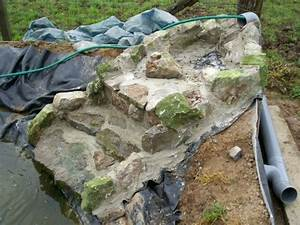 Fontaine Pour Bassin A Poisson : fabriquer une cascade de bassin recherche google fontaine outdoor blanket et blanket ~ Voncanada.com Idées de Décoration