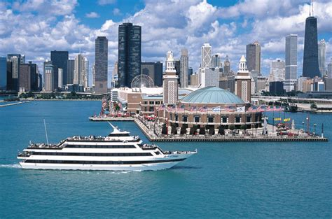 Private Sunset Boat Cruise Chicago by 12 Of Chicago S Best Boat Tours For Seeing The City