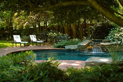 chambre piscine incroyable piscine de jardin design idées de décoration