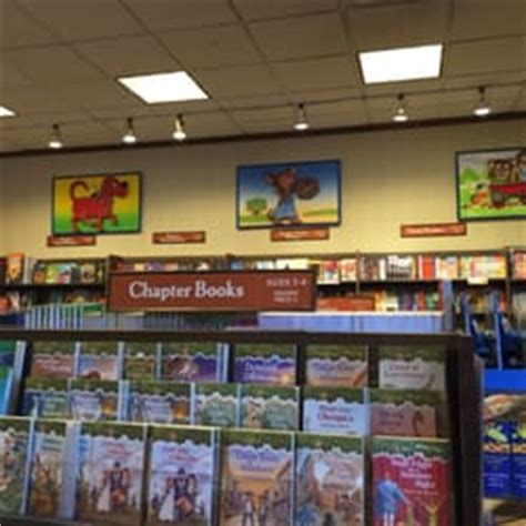 barnes and noble skokie barnes noble booksellers 13 photos 58 reviews