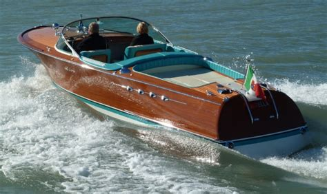 Riva Boats Vintage by Classic Vintage Antique Wooden Boats For Sale Brokerage