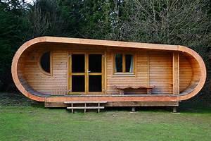 Casette da giardino in legno: 5 foto di esempi