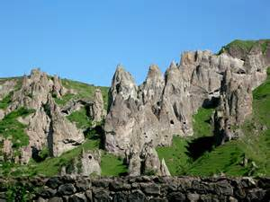 Stone pyramids - Goris
