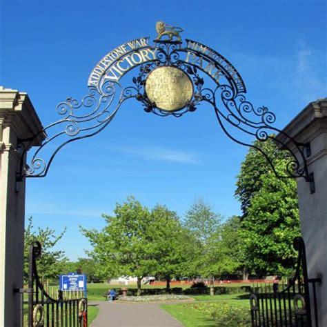 victory park chertsey road addlestone surrey kt ea