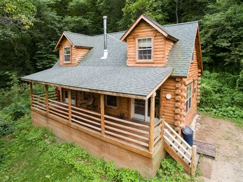 log cabin in with tubs secluded log cabin with tub near vrbo