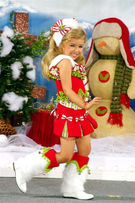 christmas calendar ideas for dress attire wear of choice