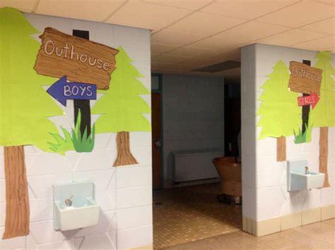 school bathroom school  ive  pinterest