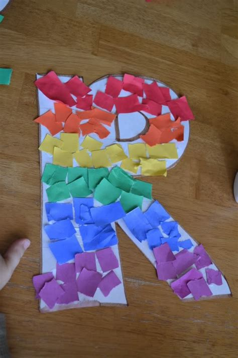 rainbow letter  crafts letter  crafts
