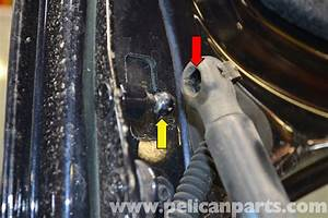 Audi A4 B6 Hood And Trunk Shock Replacement  2002