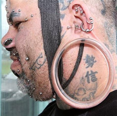 man   biggest earlobes