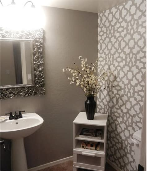 25 Best Ideas About Painting Small Rooms On Best 25 Powder Room Paint Ideas On Powder
