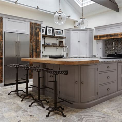 who sells kitchen islands kitchens sell houses expert tips that will sway your buyer 1497
