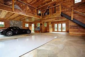 Ultimate man cave and sports car showcase - Traditional