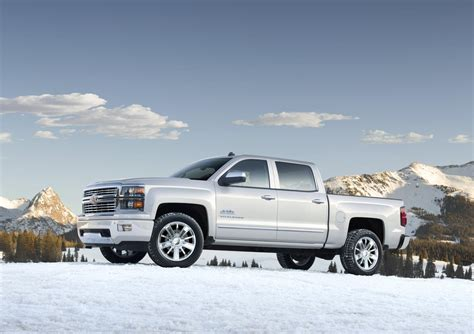 2014 Chevrolet Silverado High Country Unveiled