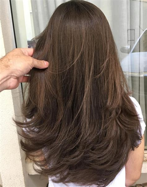 Layered Hair Cuts For Medium Length Hair