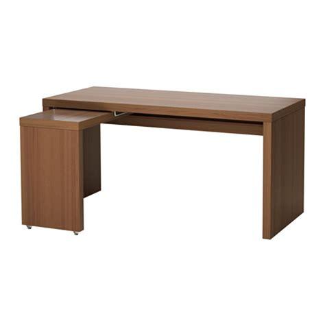 bureau malm ikea malm bureau avec tablette coulissante teinté brun plaqué