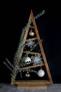 Weihnachtsbaum Selber Basteln : diy weihnachtsbaum mit eukalyptus linda loves diy blog diy ~ Lizthompson.info Haus und Dekorationen