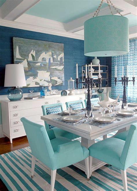 azul aguamarina  la decoracion de los interiores