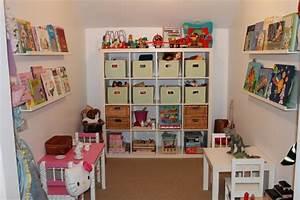 Rangement Jouet Enfant : placard rangement jouet ~ Teatrodelosmanantiales.com Idées de Décoration