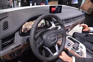 Audi Q7 Interieur : ces 2015 audi d voile l 39 habitacle du nouveau q7 l 39 argus ~ Nature-et-papiers.com Idées de Décoration