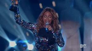 Beyonce Trophy GIF - Find & Share on GIPHY