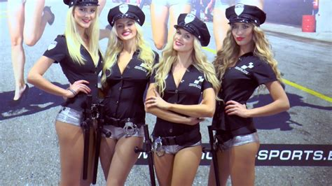 EICMA GIRLS 2014 Sexy girls, kisses & bikes (HD) - YouTube