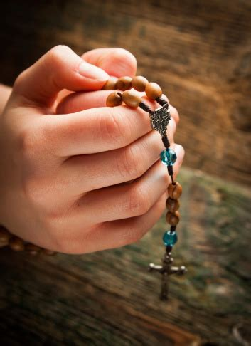 join  rosary relay  priests women  gracewomen