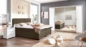 Schlafzimmer Mit Boxspringbett : komplett schlafzimmer mit boxspringbett ~ Markanthonyermac.com Haus und Dekorationen