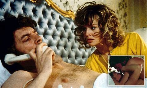 Julie Christie Reveals All About Sex Scene With Donald Sutherland In Dont Look Now Daily Mail