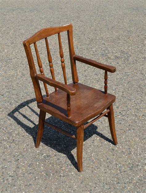 chaise avec accoudoir but chaise ancienne avec accoudoir 28 images coussin