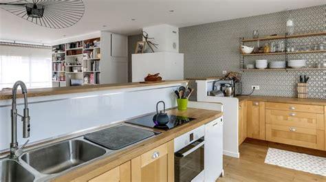 cuisine en bois h黎re décorer la cuisine relooking peinture déco carrelage côté maison