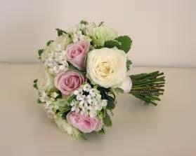 pink wedding flowers wedding flowers 39 s classic green white and pink wedding flowers norton park hotel