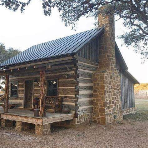 pin  damon waters  cabins tree houses log cabin rustic cabins  cottages cabin