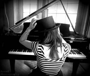 Pianist (pianist,piano,top hat,girl,model,photography ...