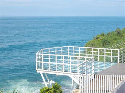 foto teras kaca pantai nguluran tiket masuk lokasi