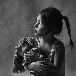 Fille Noir Et Blanc : enfants en noir et blanc page 32 ~ Melissatoandfro.com Idées de Décoration